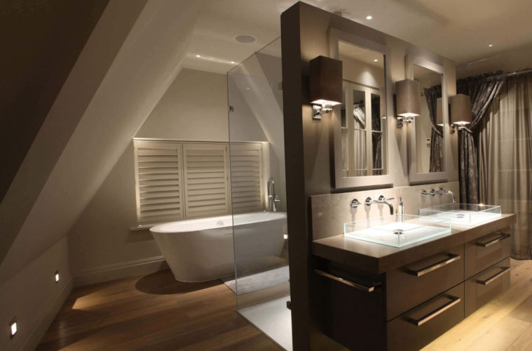 30 Modern Bathroom Light Fixtures For