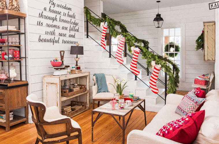 Christmas Home Decor 2019.35 Stunning Low Budget Christmas Home Decor Ideas For