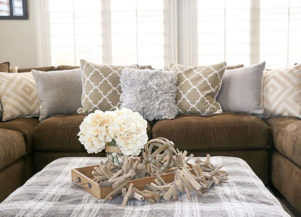 30 Decorative Pillow Ideas To Spruce Up Your Sofa