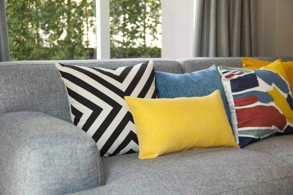 decorative pillow ideas