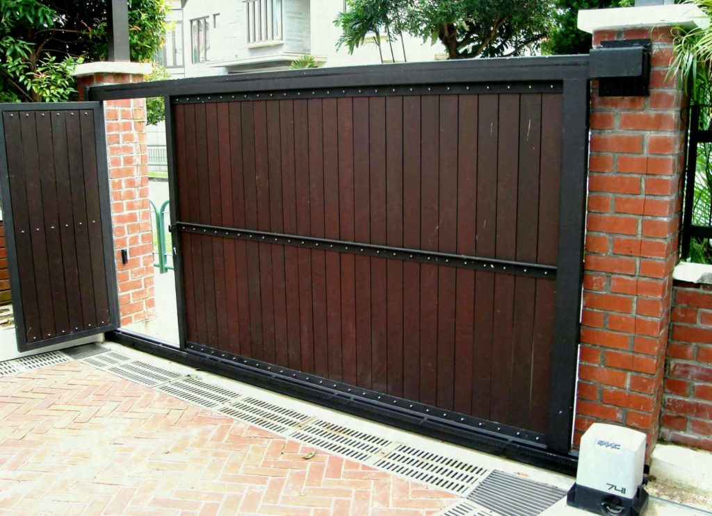 12 gate design for small house 1024x743 - 23+ Small House Latest Gate Design 2020 Pictures