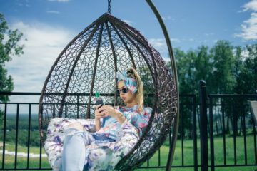 Backyard Swing Designs feature IMage