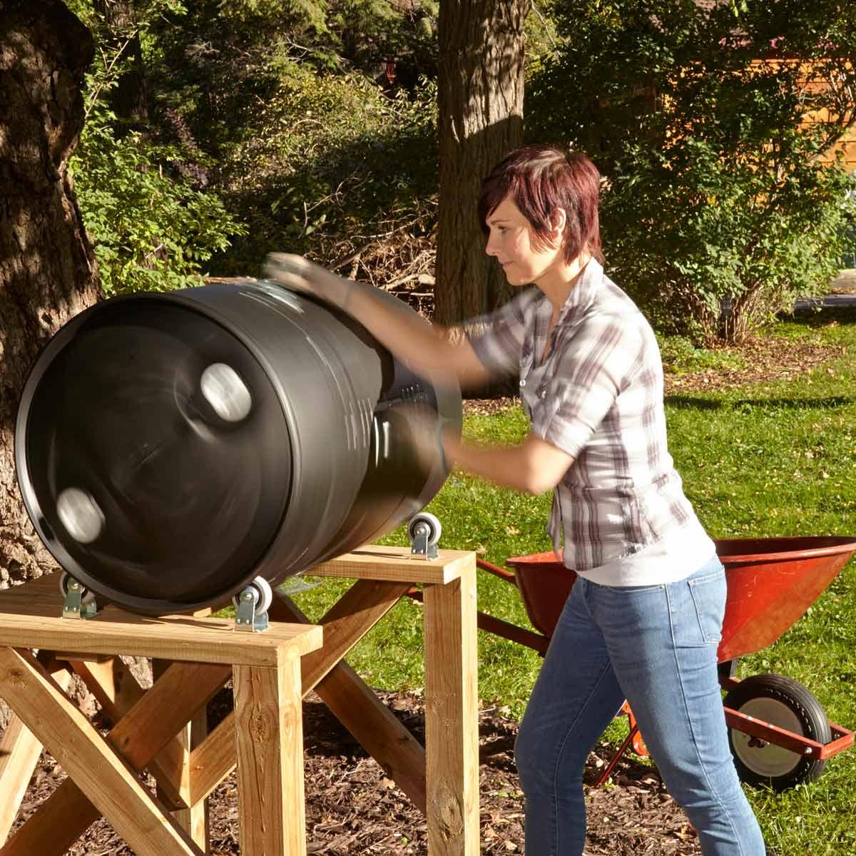 DIY Compost Bin 12