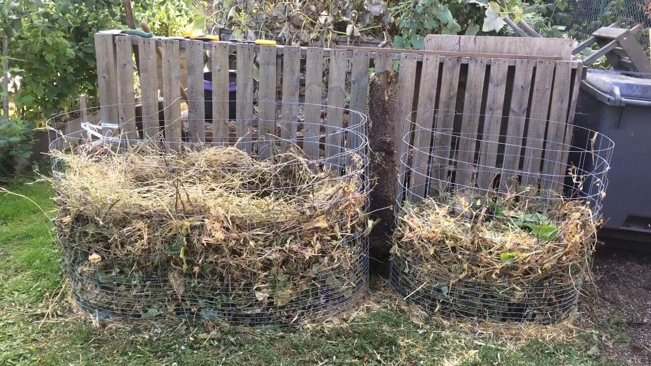 DIY Compost Bin 2