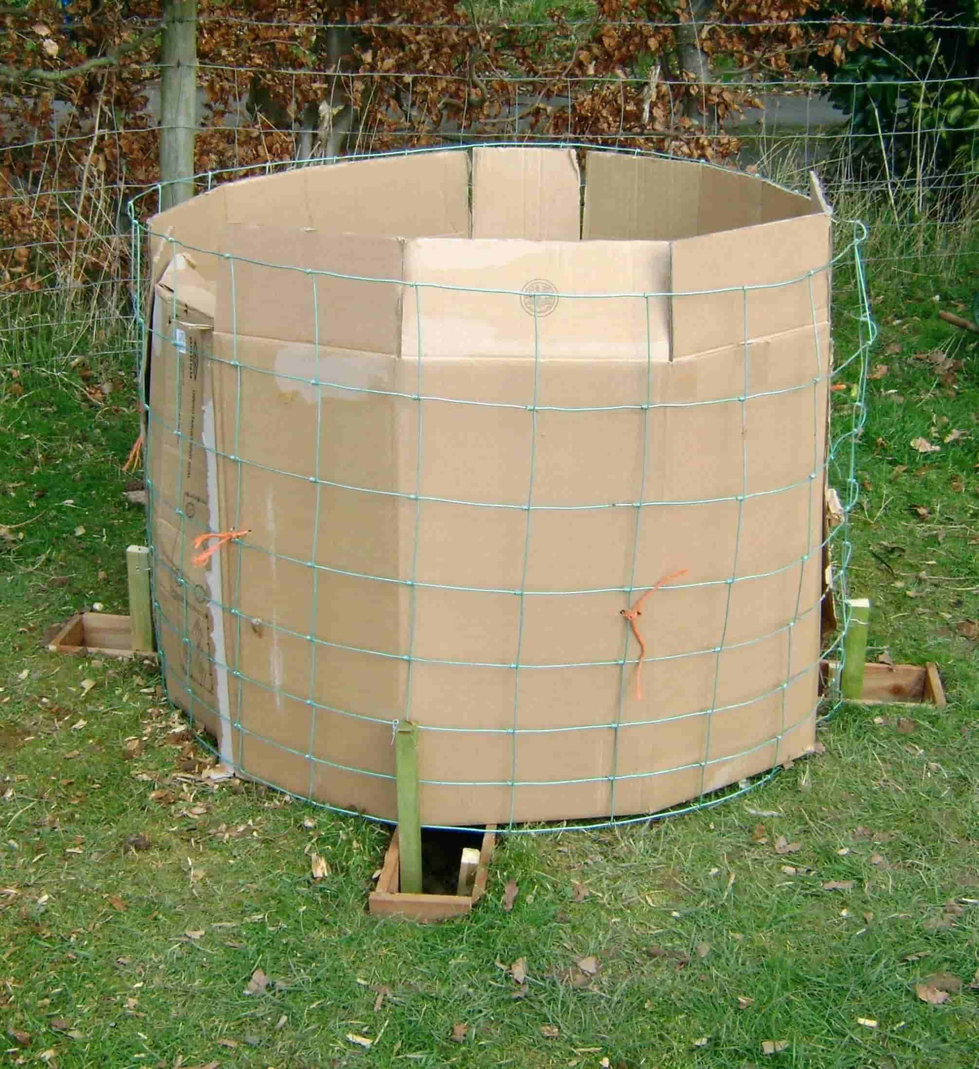 DIY Compost Bin 7