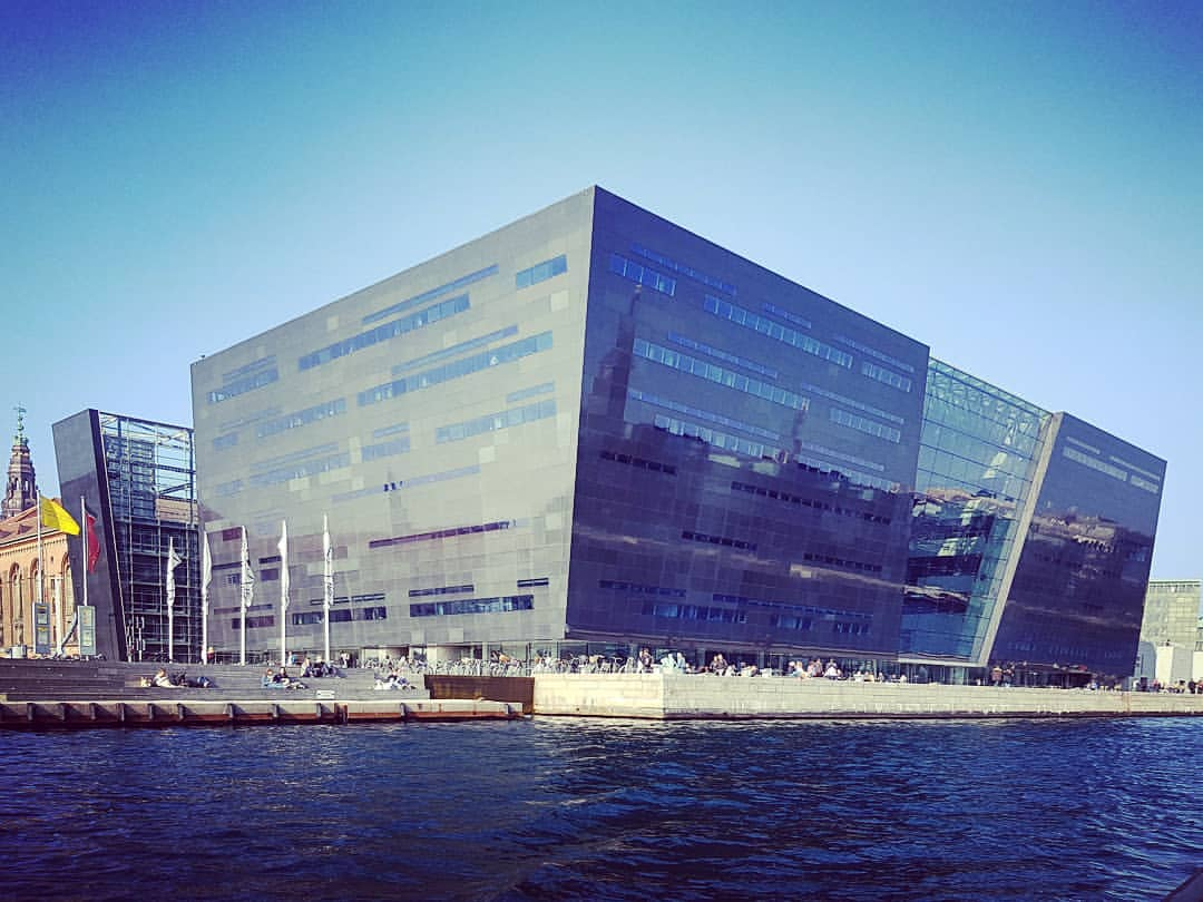 Neomodern Architecture 4