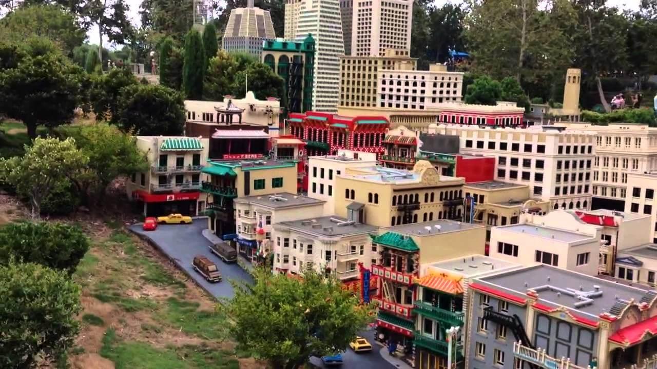 Unbelievable Lego Architecture 10