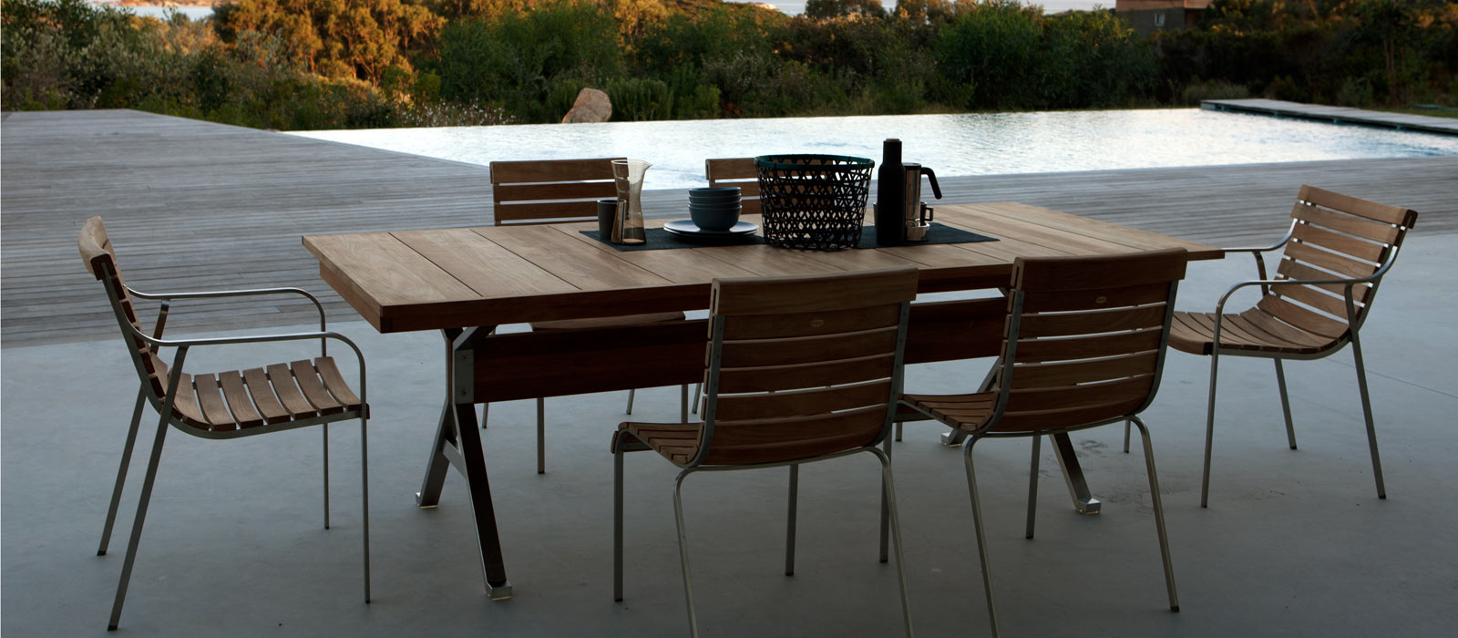 Outdoor Dining Table Designs 24