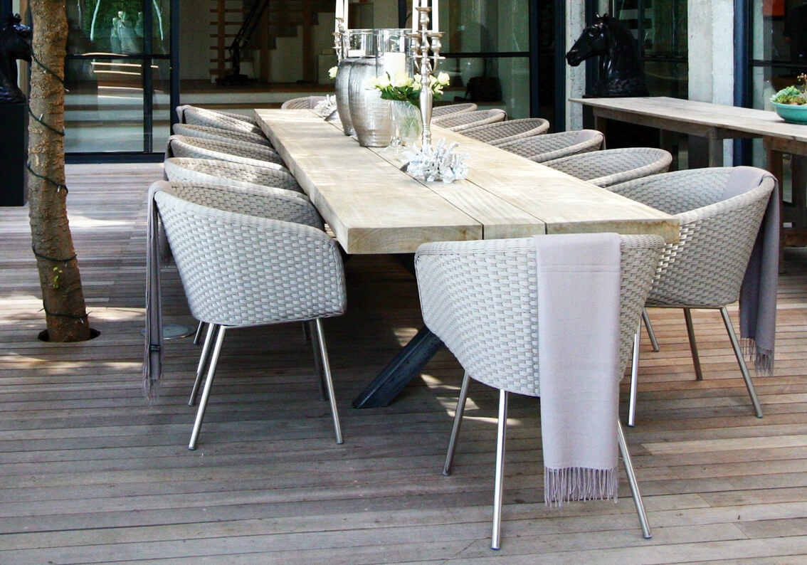 Outdoor Dining Table Designs 7
