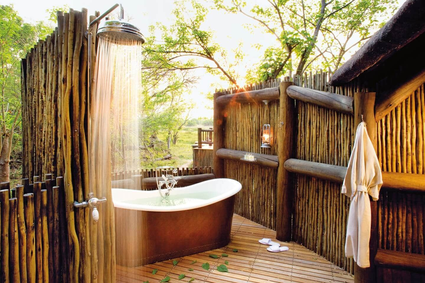 Tropical Bathroom Designs 12