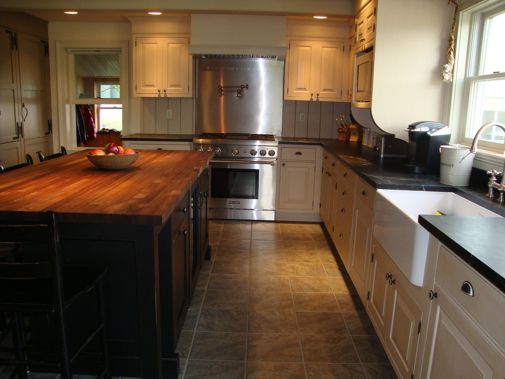 Best Fixer Upper Kitchens Designs2
