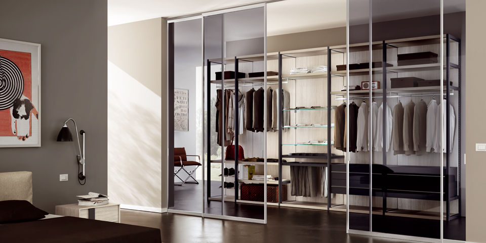 Inside of Wardrobe 6