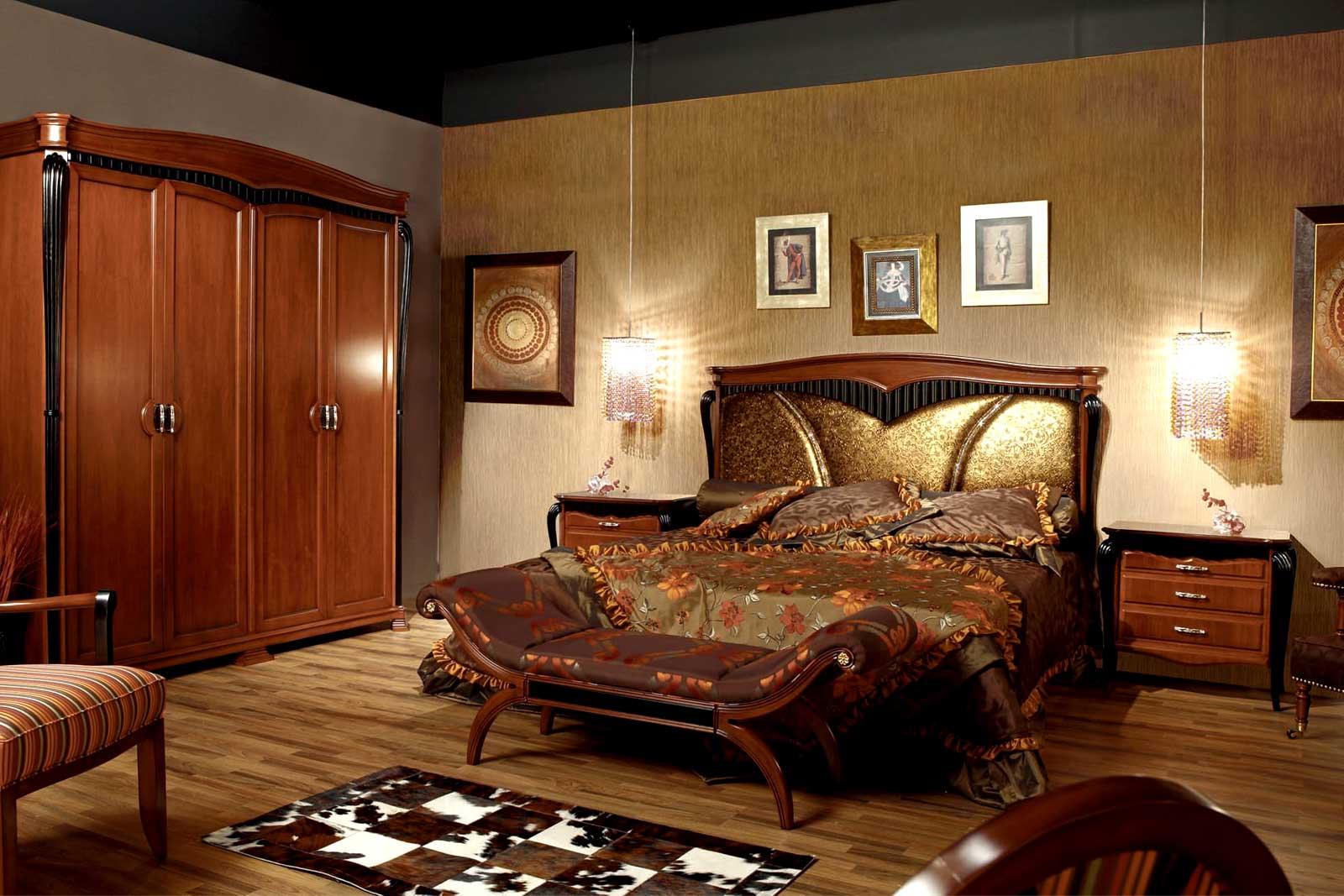A Lavish and Royal Bed Designs Ideas
