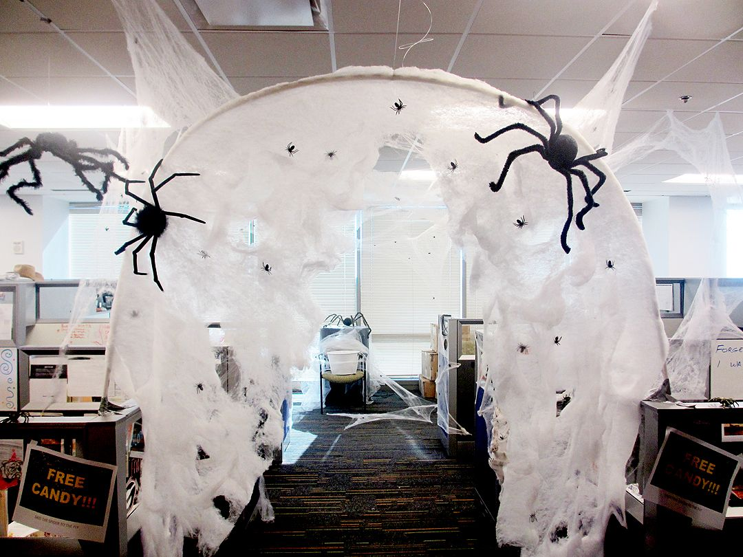 Spooky Halloween Office Decoration Ideas The Architecture