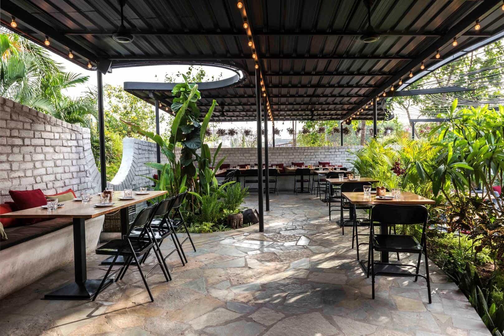 Sensational Designs of Garden Restaurant Interior Design - The