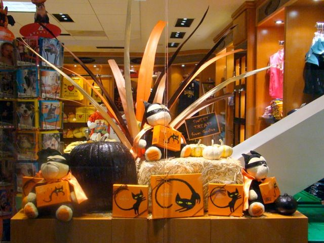 Halloween Special Shop Window Display Decoration
