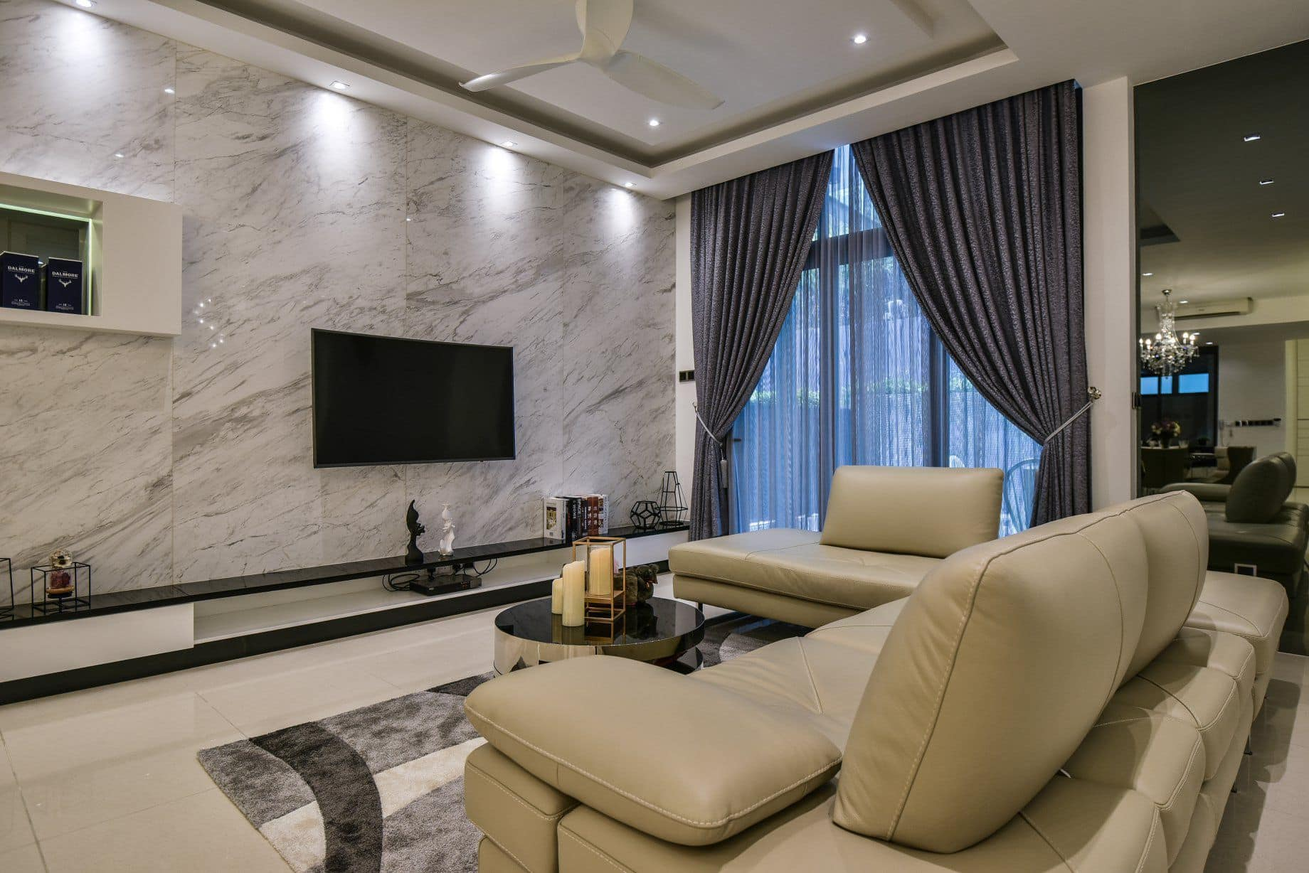 Luxurious Marble Wall for Living Room