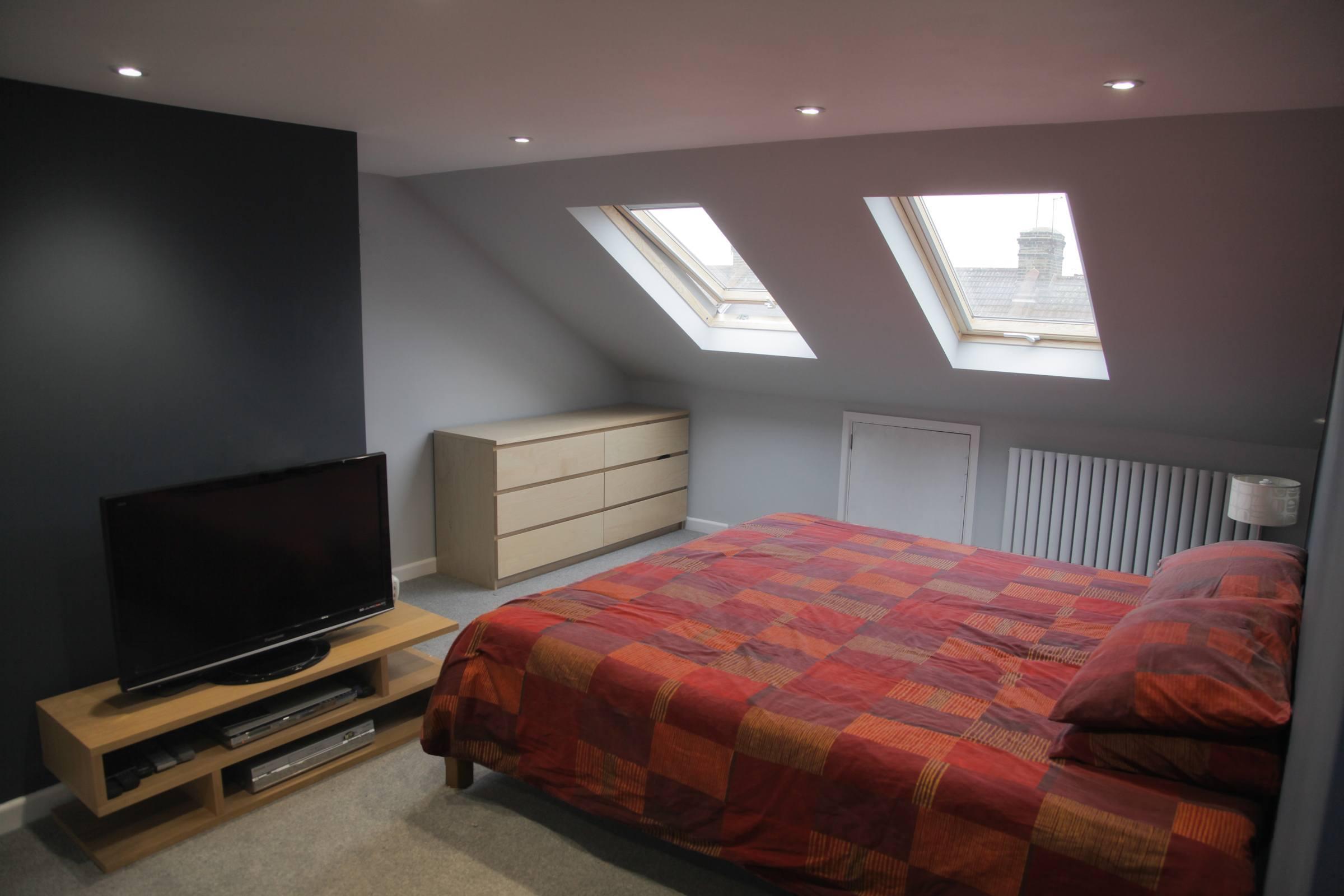 Mesmerizing Small Loft Bedroom Designs Ideas - The ...