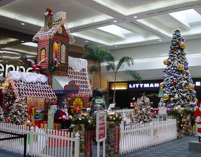 Christmas Mall Decoration