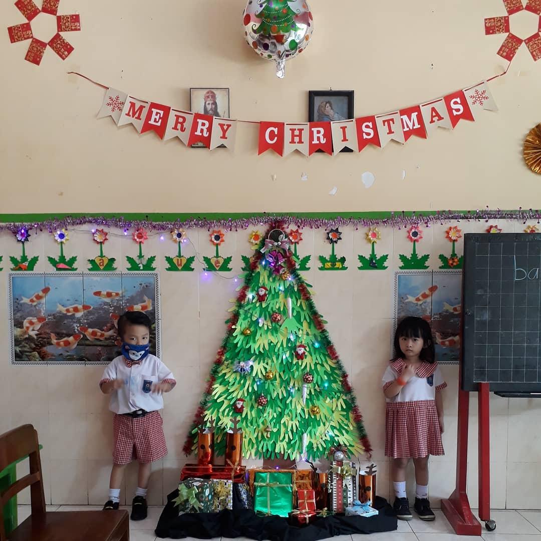 Classroom Decoration Ideas for Christmas