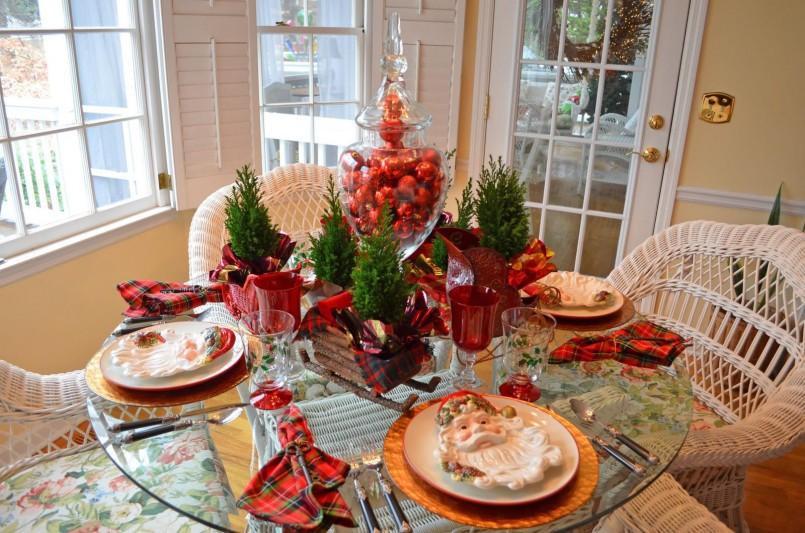 Christmas Table Decoration