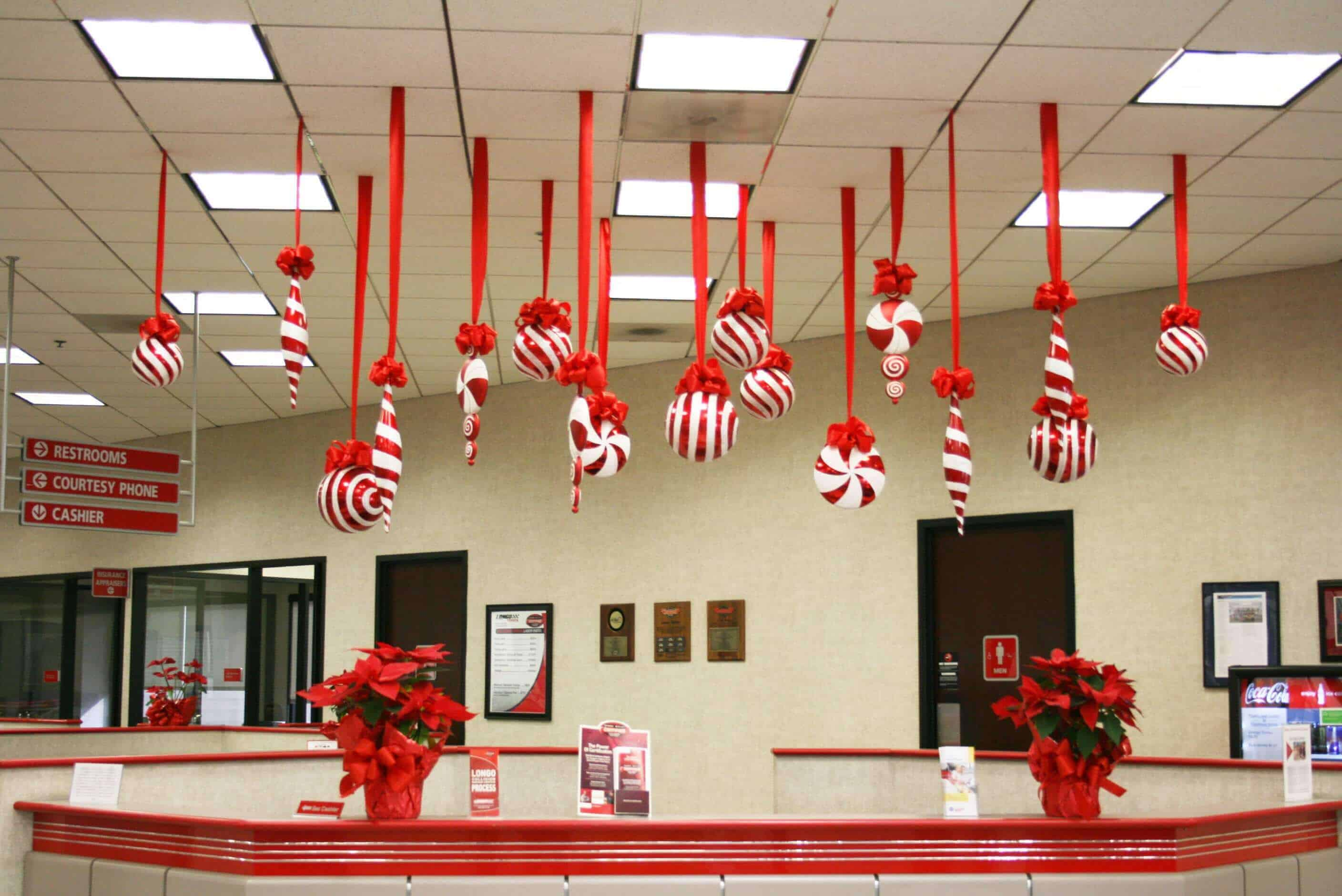 Office Decoration Ideas for Christmas