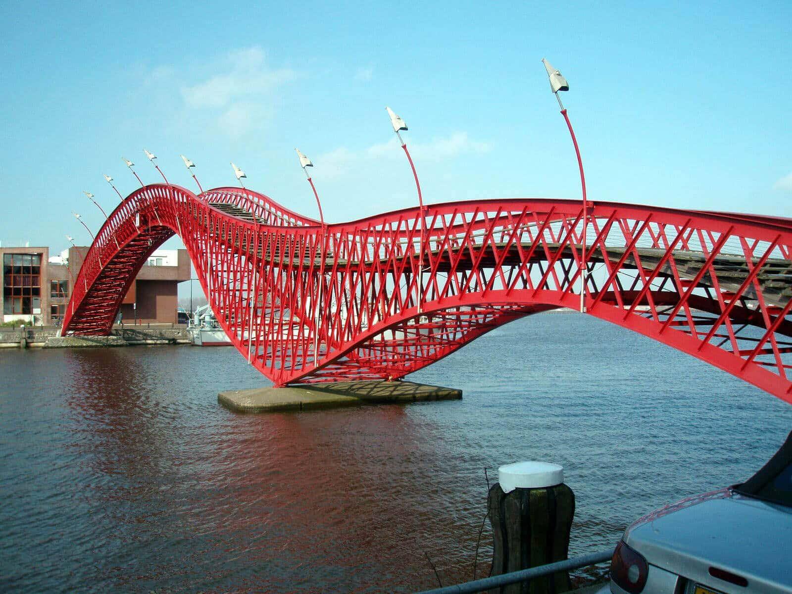 Python Bridge, Holland