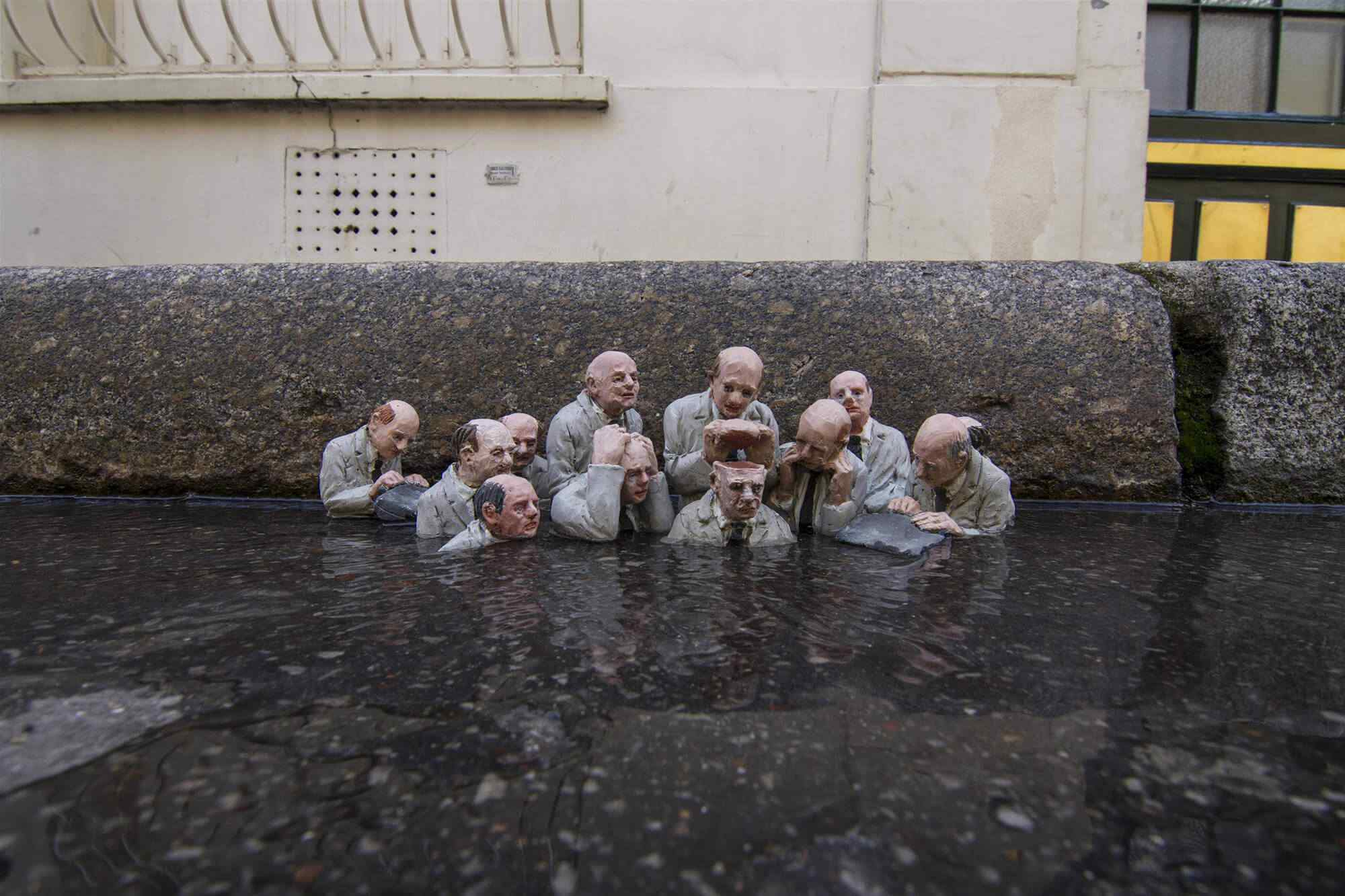 Electoral Campaign by Isaac Cordal