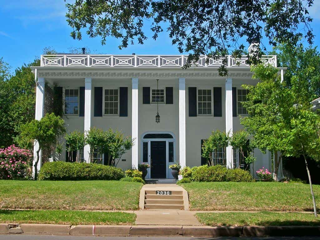 southern colonial House Designs 1