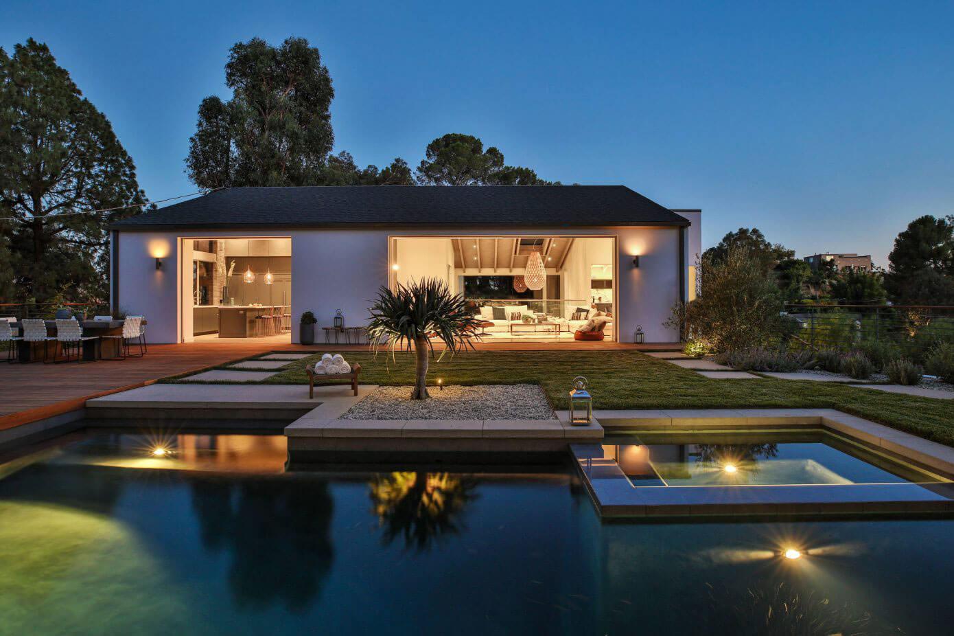 Indoor-Outdoor Living in Laurel Canyon, Los Angeles