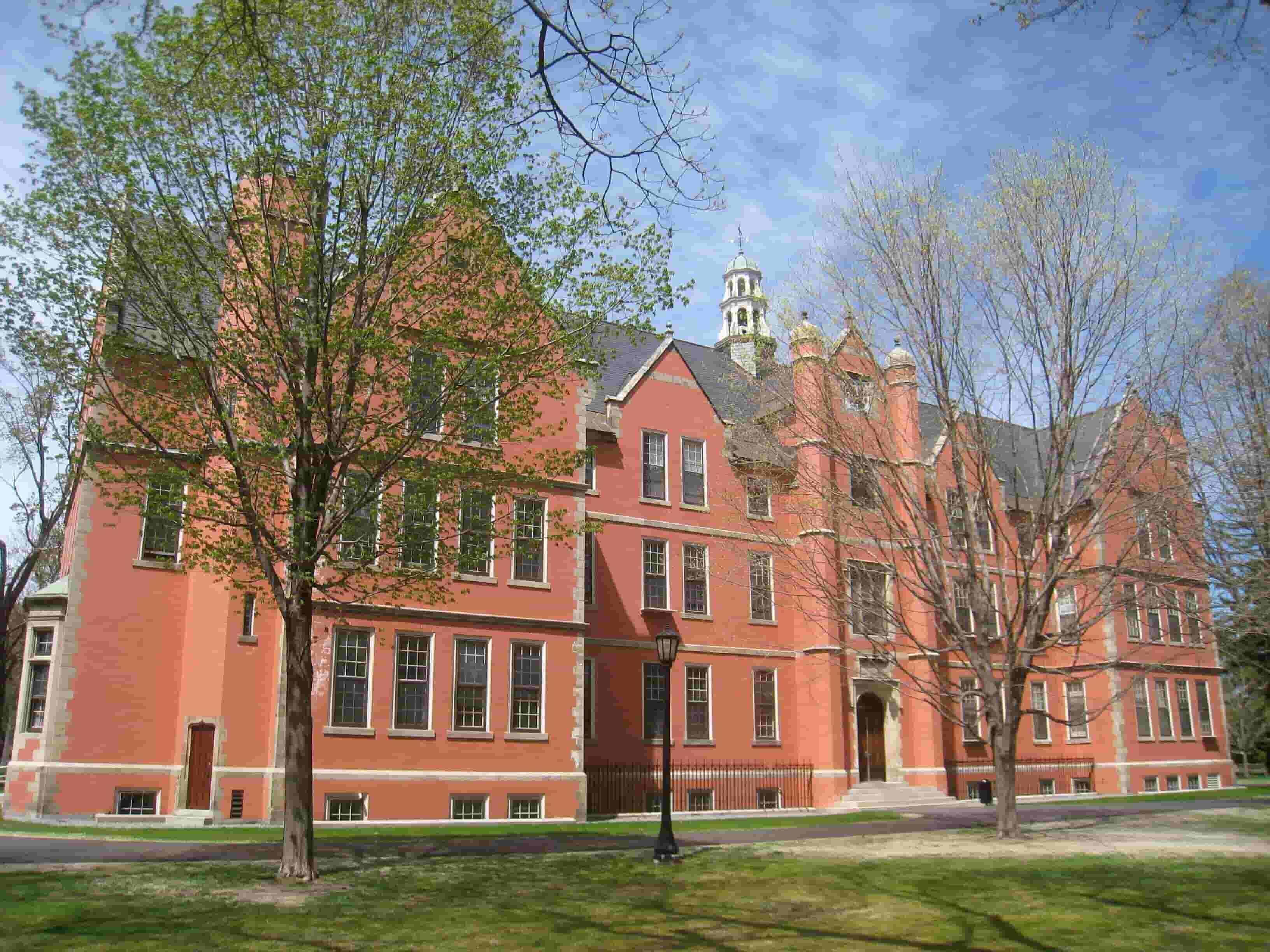 Bowdoin College 8