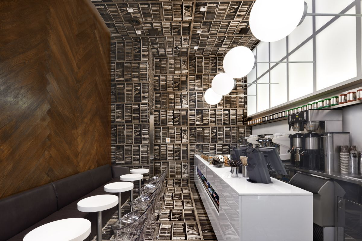 Design Your Cafe With Interiors Decoration Ideas