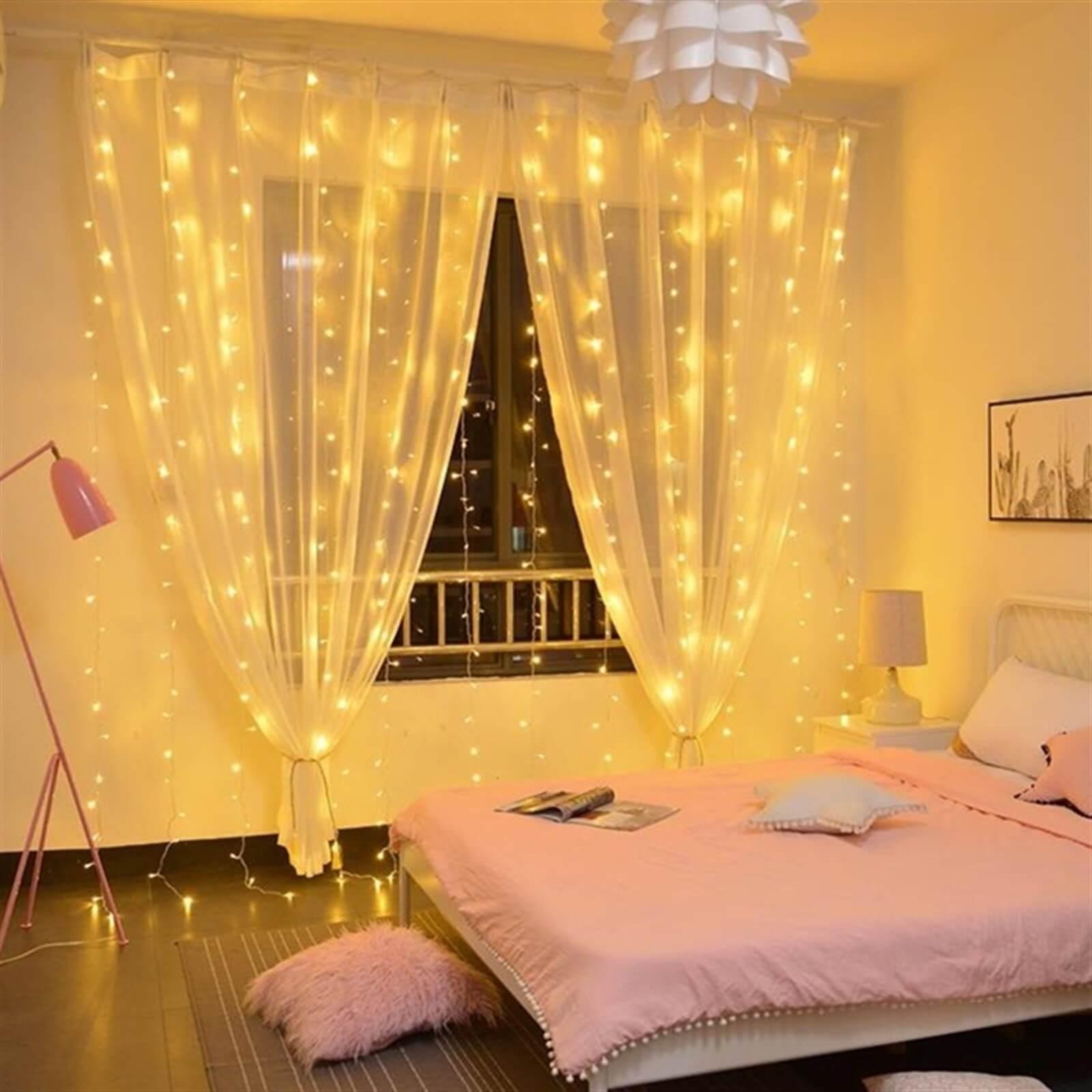 twinkle light in bedroom