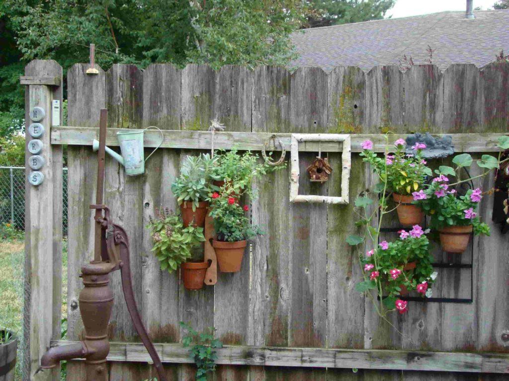 fence decoration