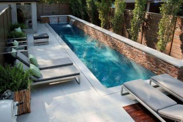 tinny pool in backyard