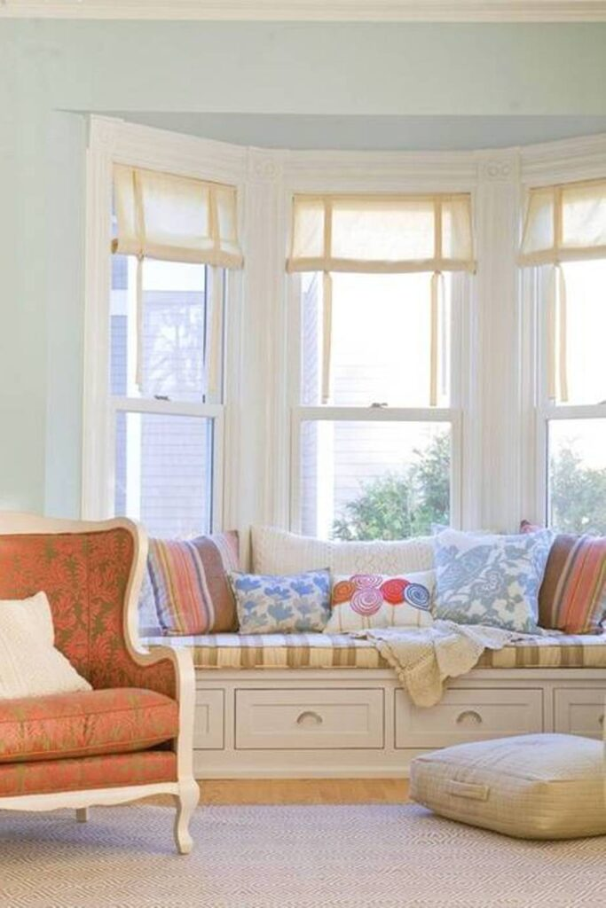 modern bay window