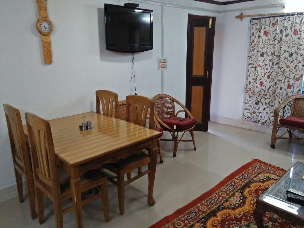 Guest House and Cottage Furniture