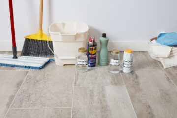 clean tile flooring