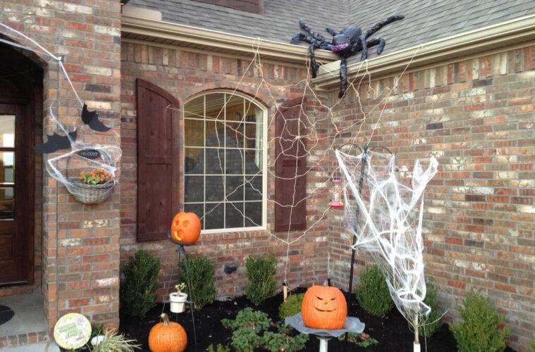 backyard decoration for Halloween