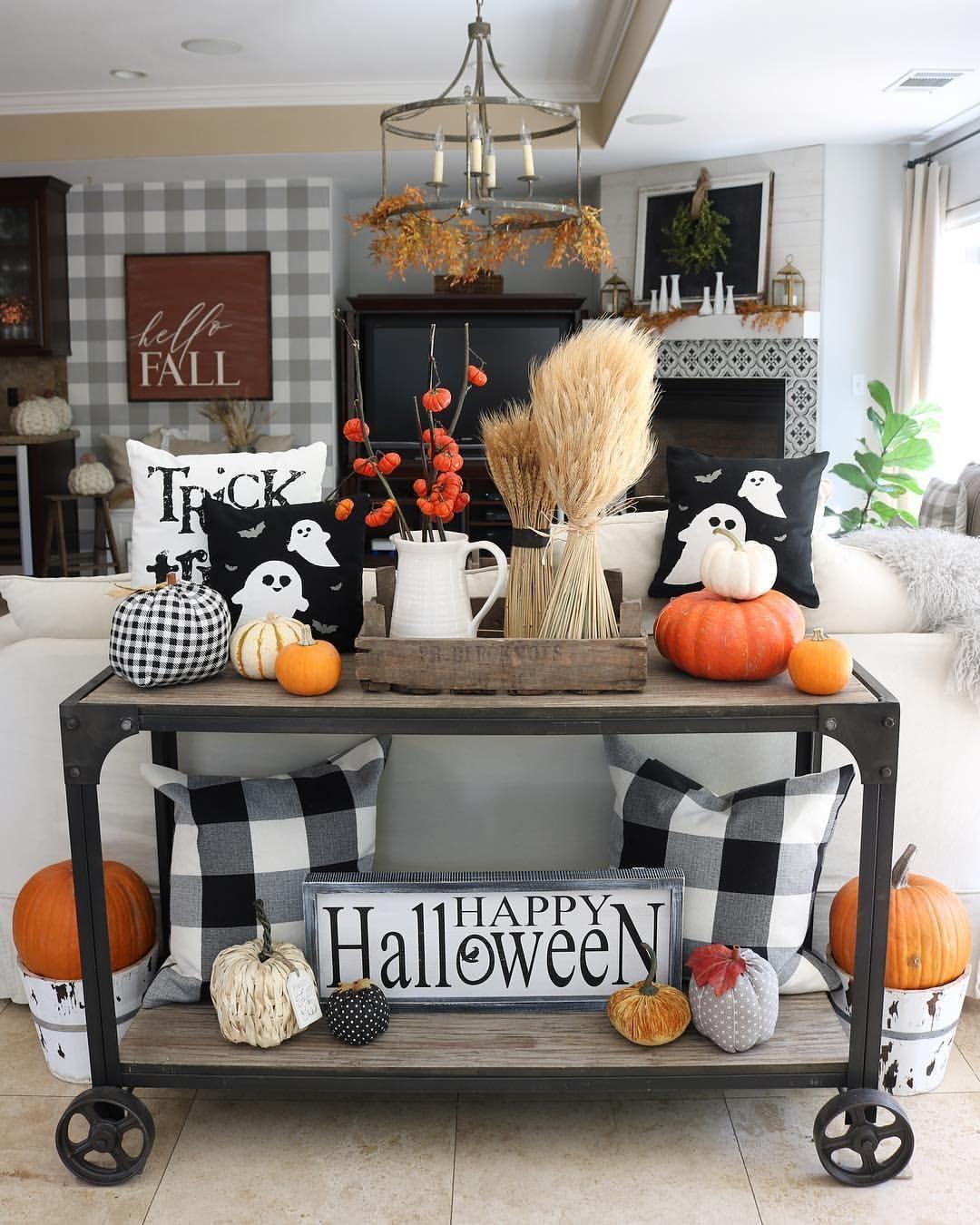 halloween house decoration inside