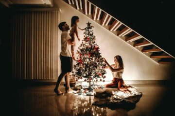 Christmas-tree- decoration-tips-1