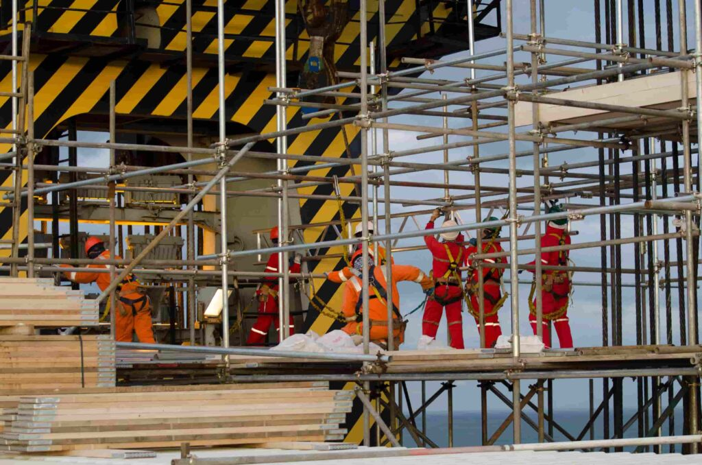 scaffolding erectors
