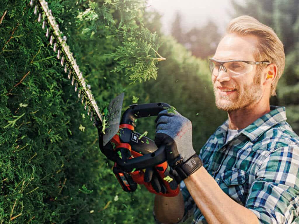 Hedge Trimmer 1