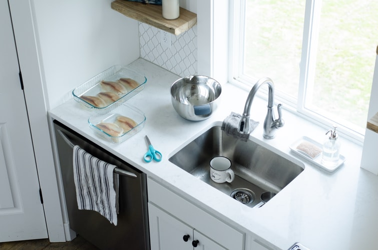 How deep are kitchen sinks 4