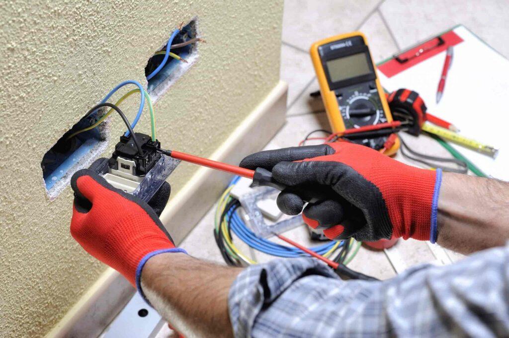 Hiring a Professional Electrician