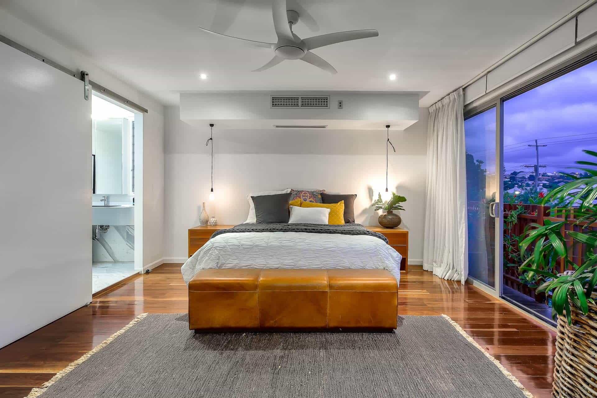 Bedroom Decorating Ideas 4