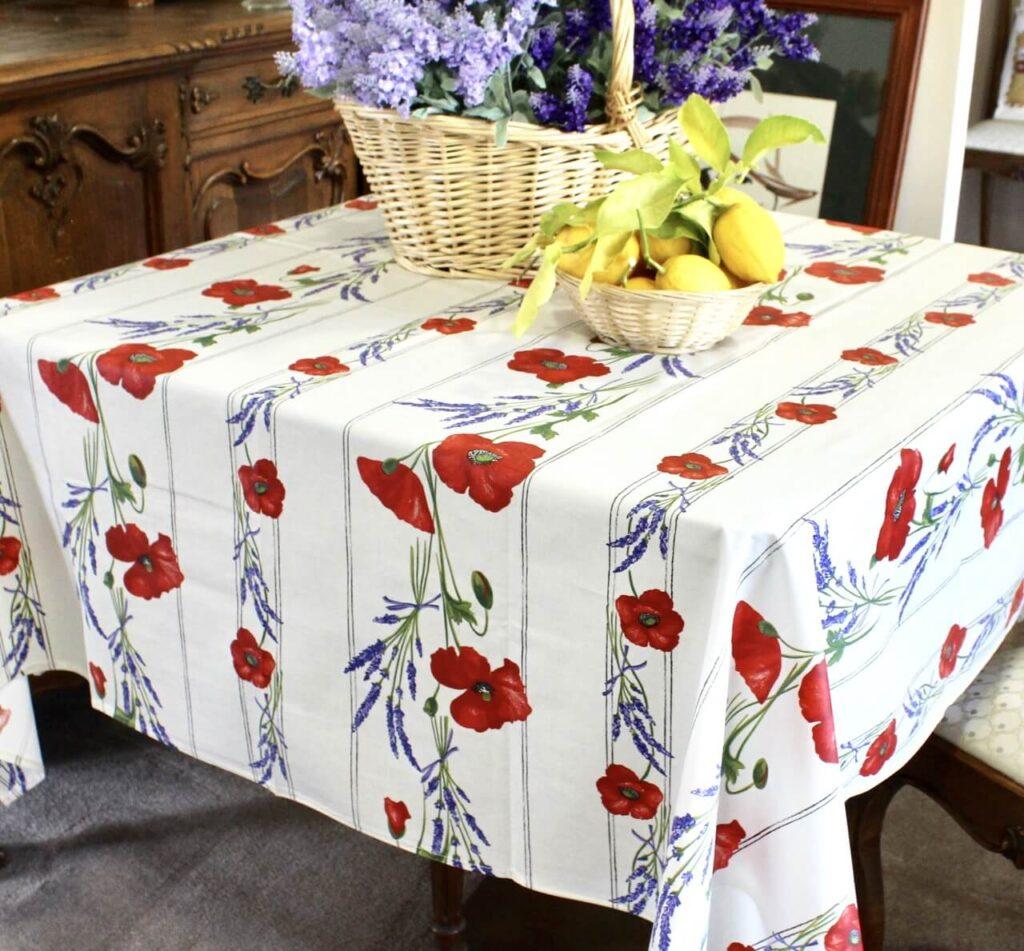 tablecloths types