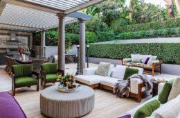 Choosing Outdoor Furniture