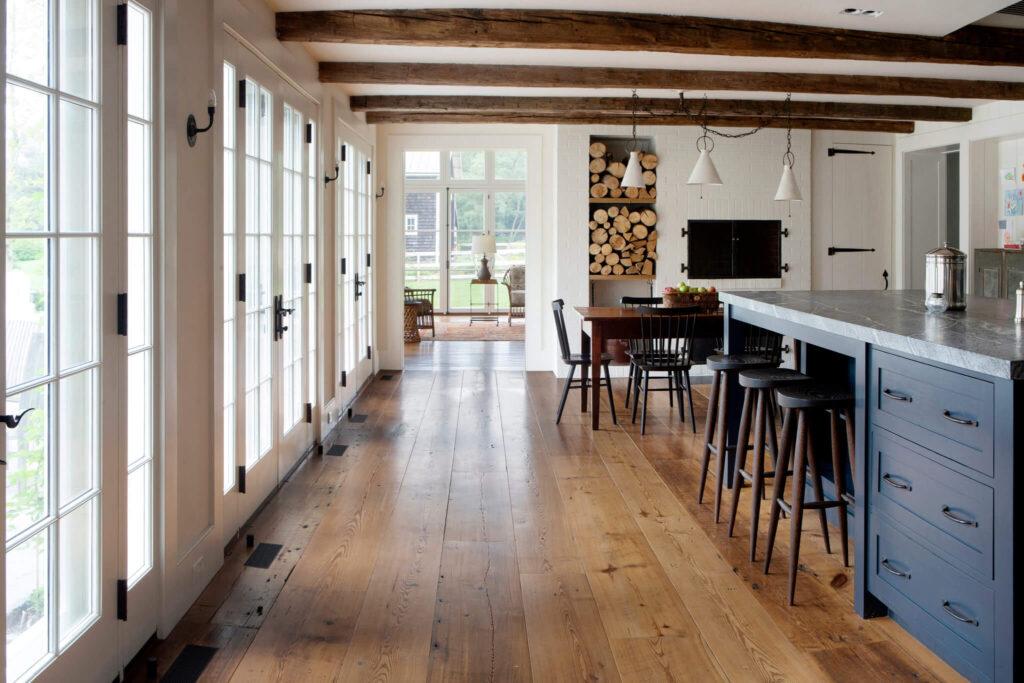 Tips for Choosing A Hybrid Flooring Planks Shop